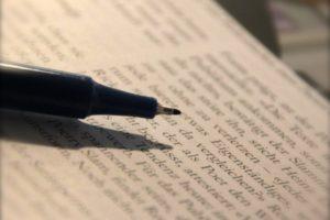 Philosophie über zwei kurze Wörter. Bild: «und»