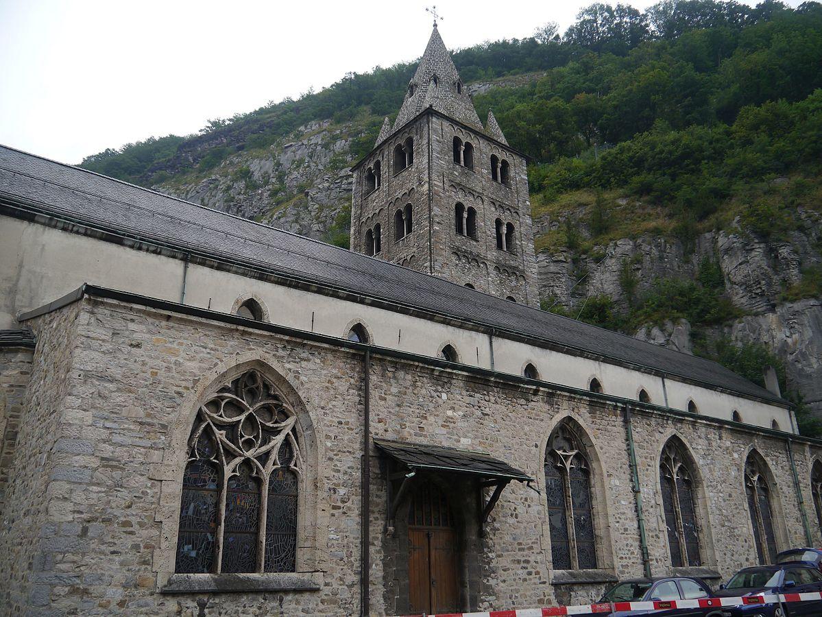 """""""Saint-Maurice Abteibasilika St. Maurice 3"""" von Zairon - Eigenes Werk. Lizenziert unter CC-BY-SA 4.0 über Wikimedia Commons."""