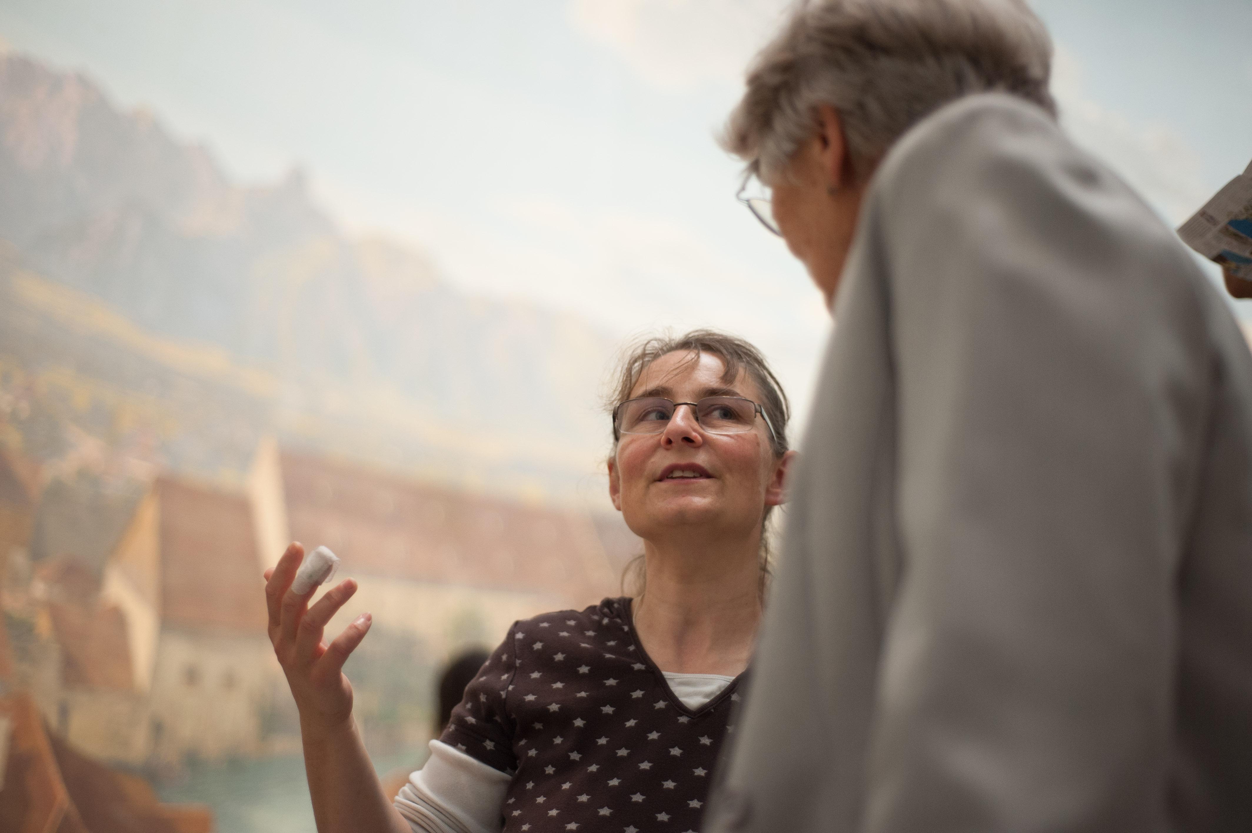 Barbara Zbinden und Karin Mulden. Bild: Elias Rüegsegger