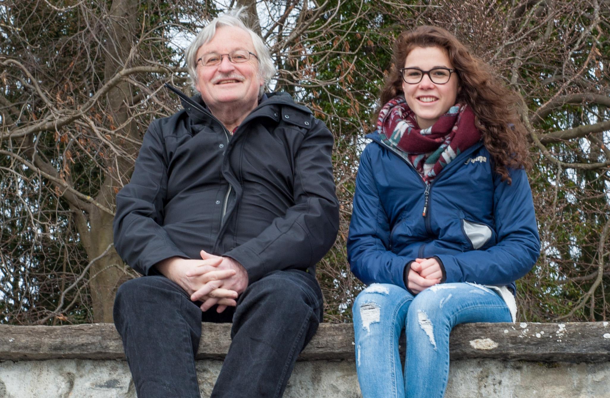 Lebenslust soziale Kontakte Schülerinnen Seniorinnen Geschichten Enkel Störenfriede Bus hüten Dialog