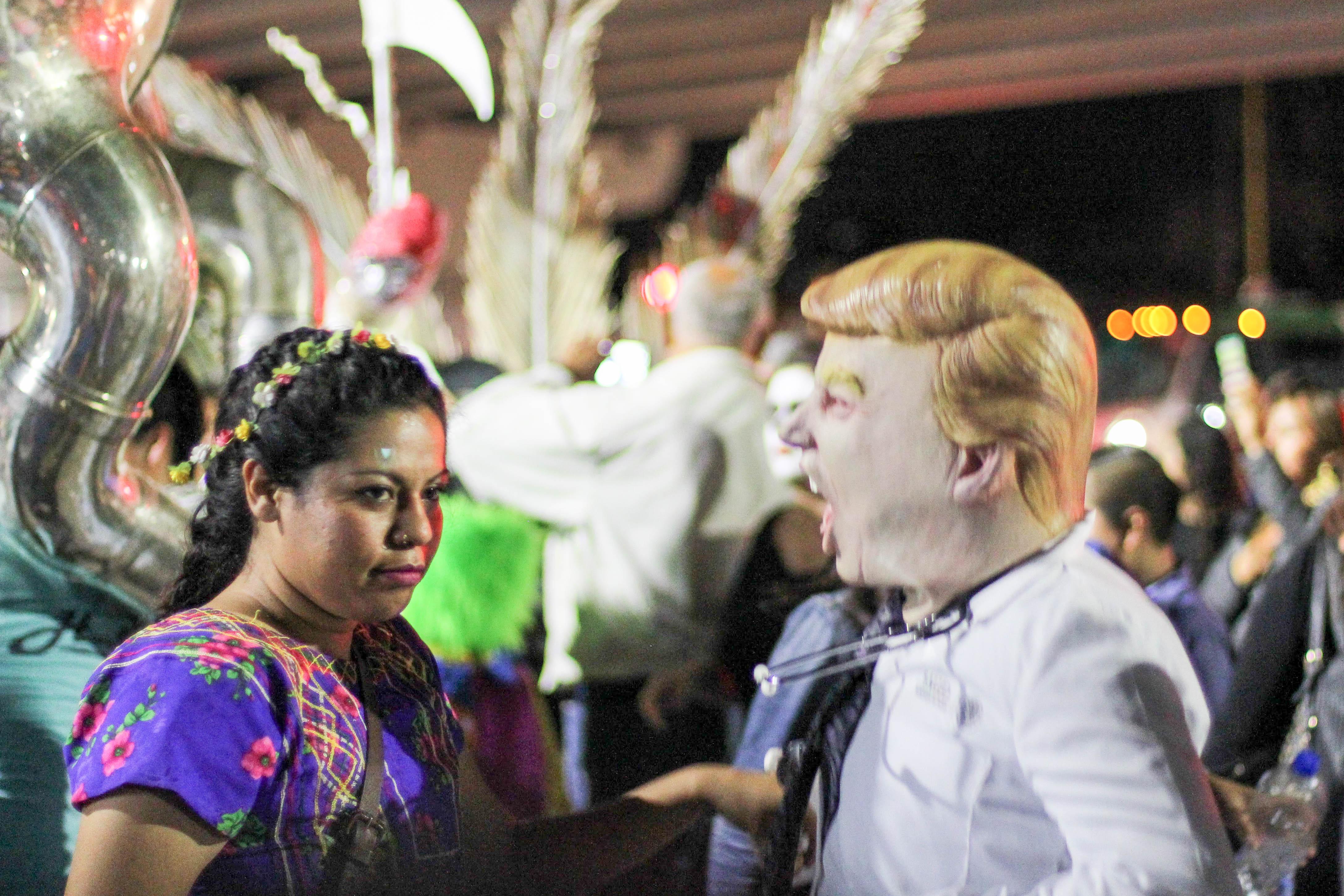 Donald Trump gibt auch in Mexiko zu denken, das Fest kann er jedoch nicht verderben. – Bild: Annina Reusser