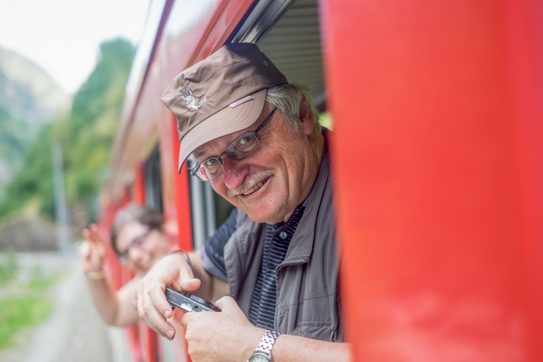 Im Zug ins Mattertal! – Bild: Robin Glauser