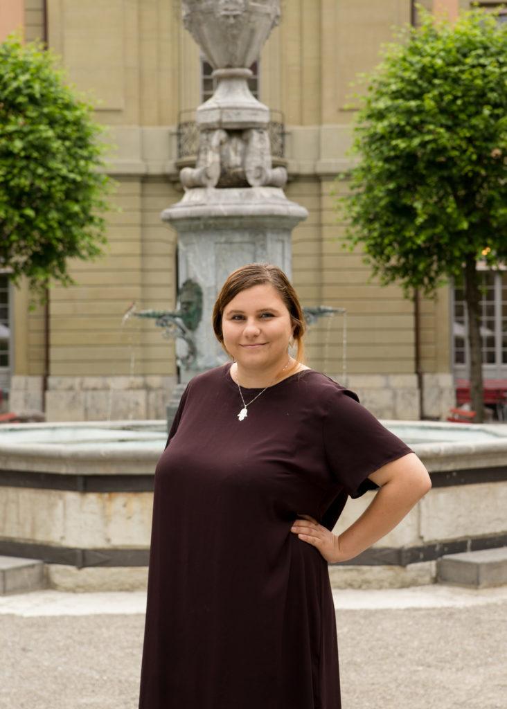 Spricht im Generationentalk #Feminismus: Virginia Köpfli (22). – Bild: Bild: Mélanie Baierlé