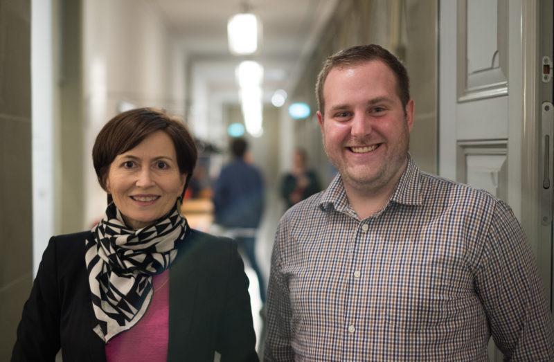 Die beiden Gäste kurz vor dem Talk. - Bild: Robin Glauser